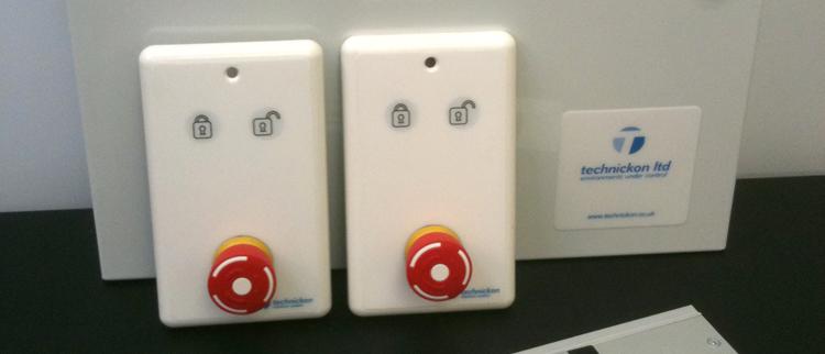 Cleanroom Door Interlock Systems